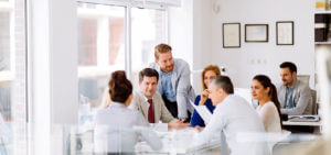 Header-Employees-in-Meeting